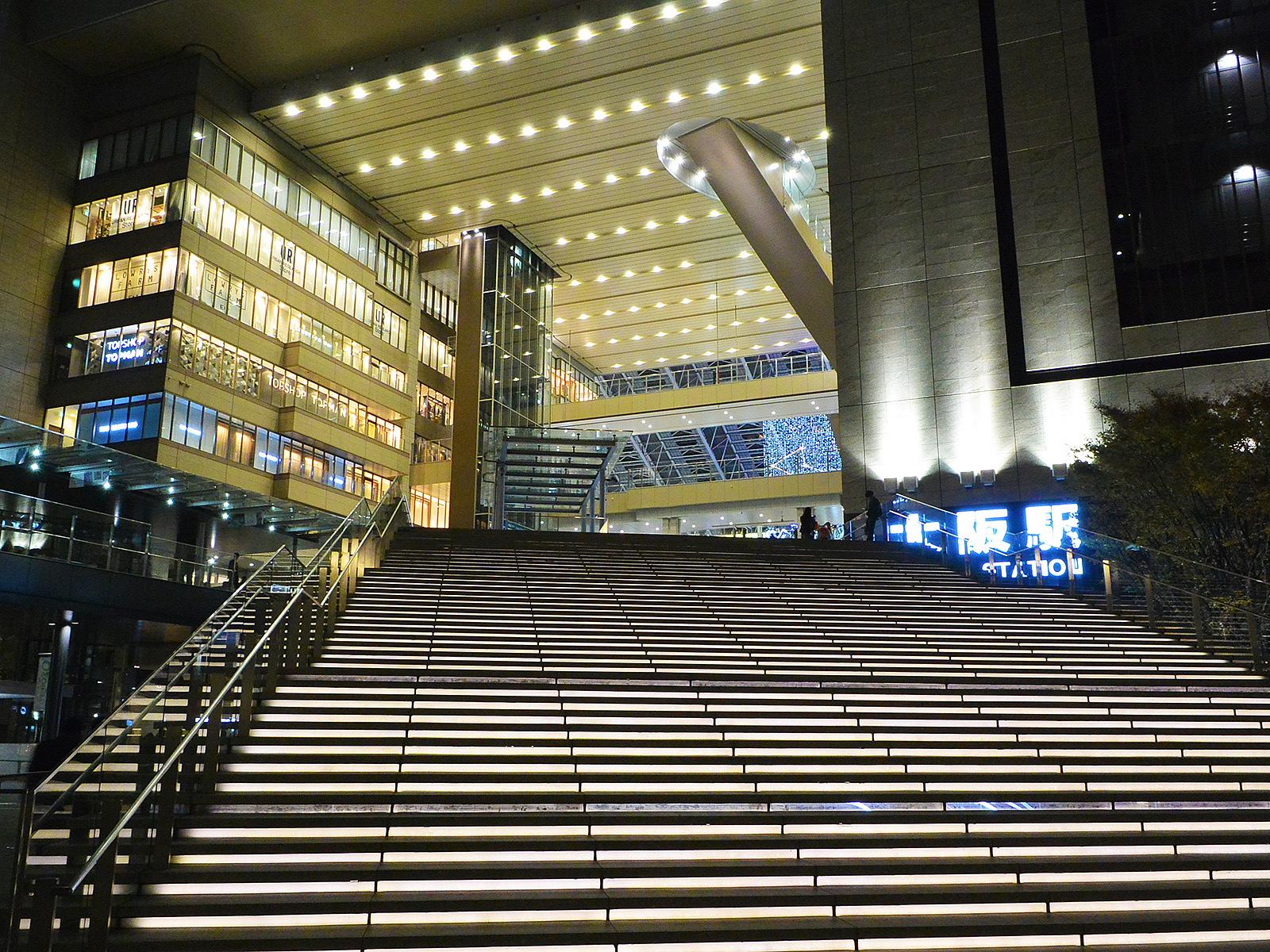何を観るかより、どこで観るか!大阪のおすすめ映画館10選