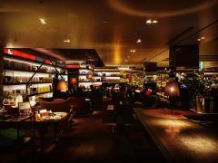 カフェと読書が同時に楽しめる 都内のブックカフェが大人気!