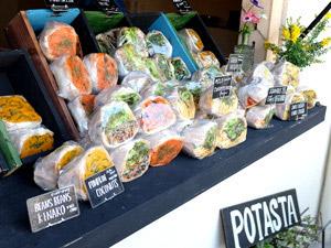 花束のような美しいサンドイッチ!色とりどりのお野菜たっっぷりでヘルシー食生活!